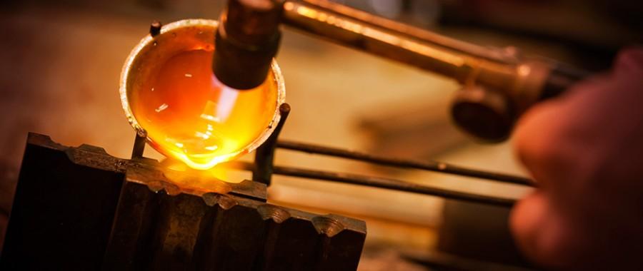 Kiểm tra vàng bằng máy khò yêu cầu chuyên môn kỹ thuật cao