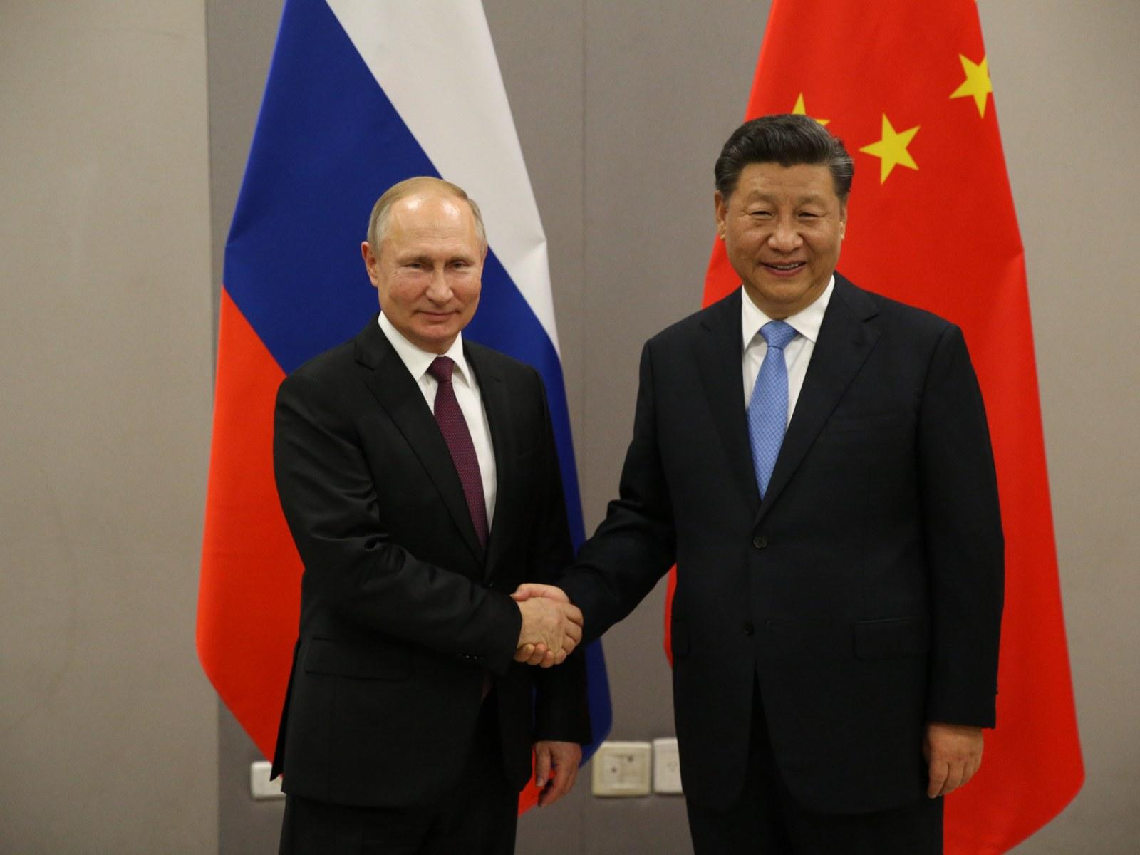 """Hoạt động thương mại giữa Nga và Trung Quốc đang tiến gần đến """"thời điểm đột phá"""""""