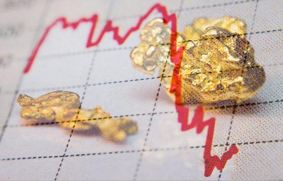 Giá vàng thế giới đang giảm về 1800$